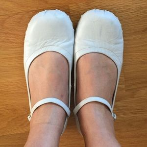 Shoes - White leather real looking ballet flats
